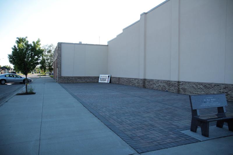 memorial-corner